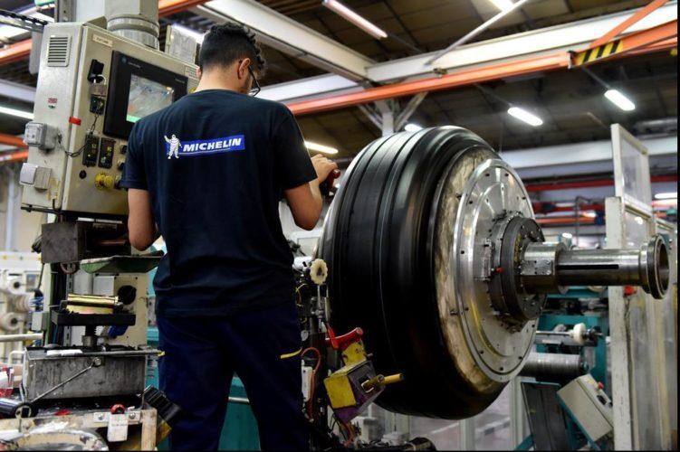 La fabrication des pneus et la centrale biomasse vues par les élèves